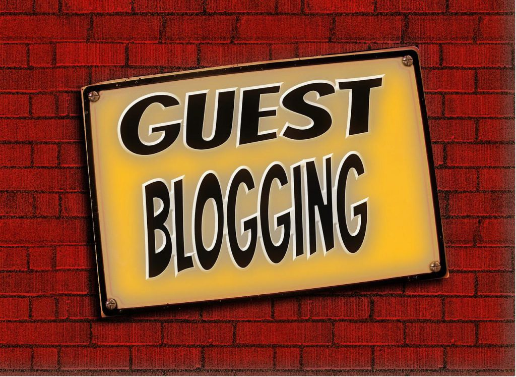 guest blog to build organic traffic